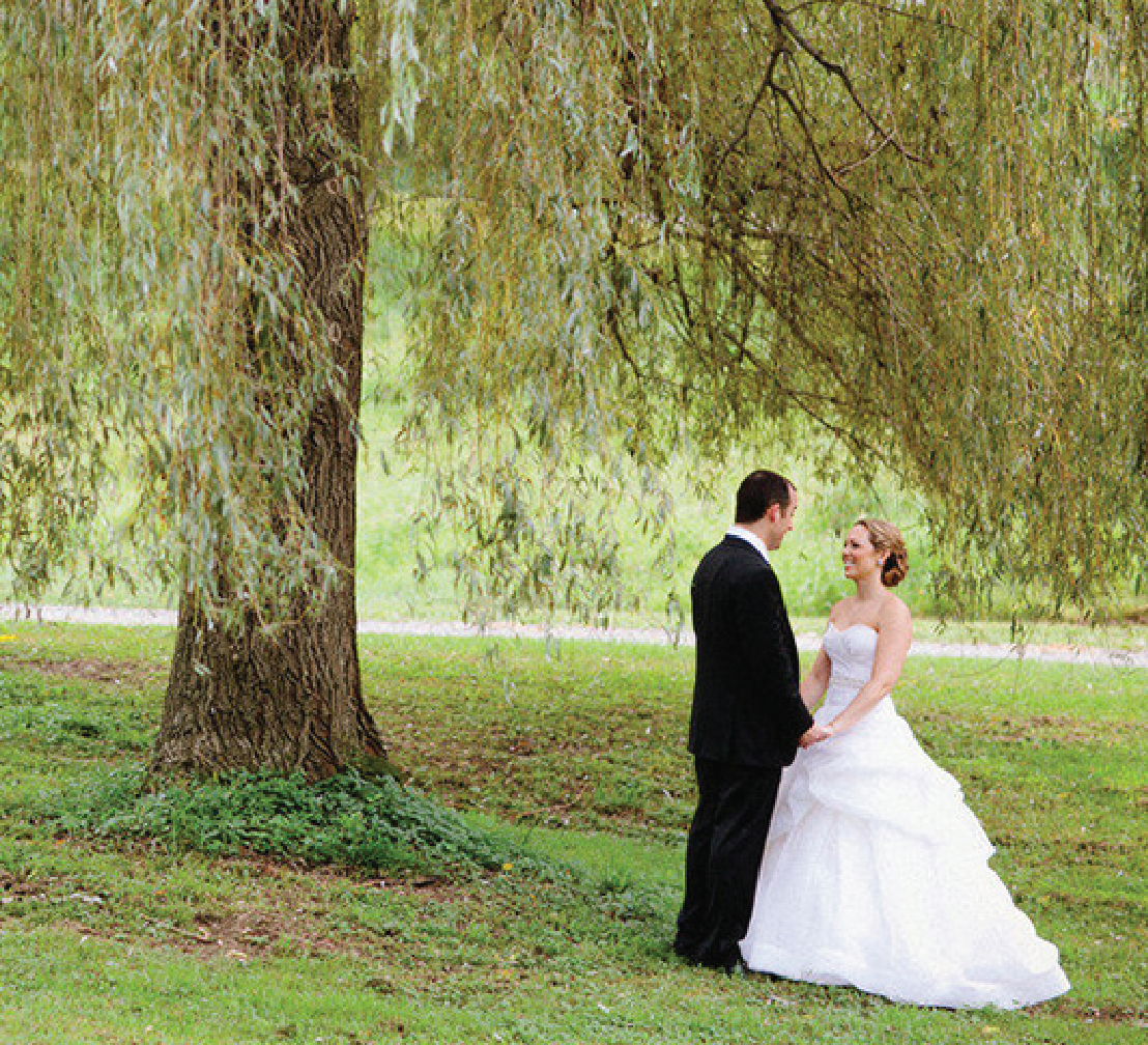 Classic Staatsburg, New York Wedding from Gulnara Studio